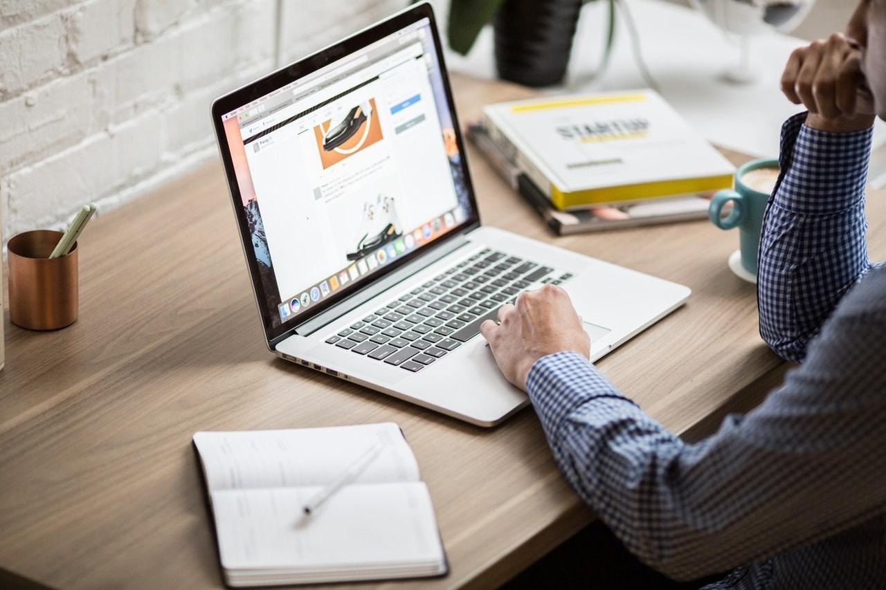 Bagaimana Cara Mendatangkan Konsumen Brand Perusahaan